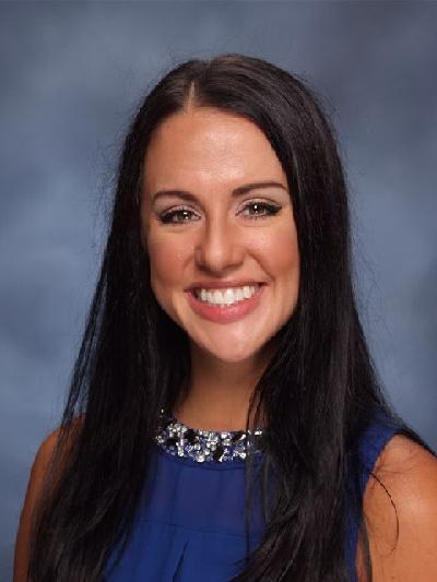 Lauren Niewald