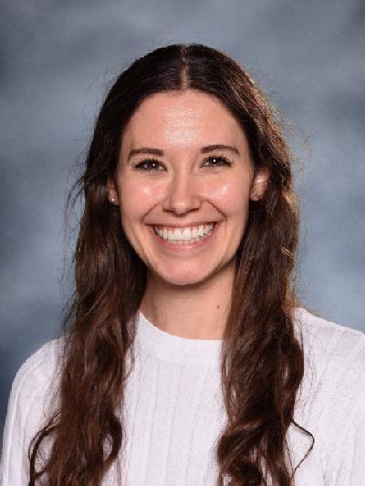 Sarah Holtmeyer-Hollstrom